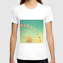 All the happy days - Carnival, ferris wheel , turquoise green, vintage retro, fall autumn, blue sky T-shirt