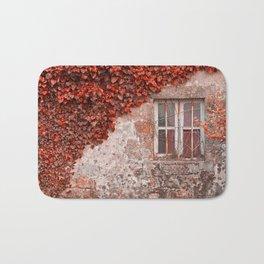Red Ivy Wall Bath Mat