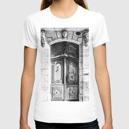 Doorway | Hotel de La Grange Nimes France Vintage Rustic Old World Black and White Architecture T-shirt