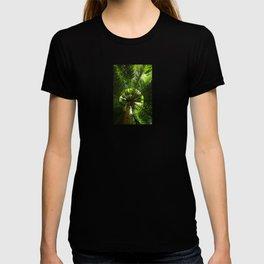 Green geometry T-shirt