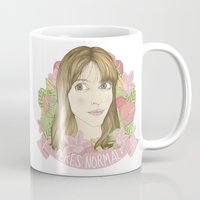 persona Mugs featuring ¿eres normal? by Cecilia Sánchez