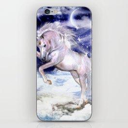Einhorn in den Wolken iPhone Skin