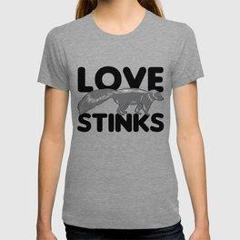 Skunk Love Stinks Sarcasm Single Gift T-shirt