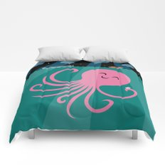 Octopus Selfie at Night Comforters