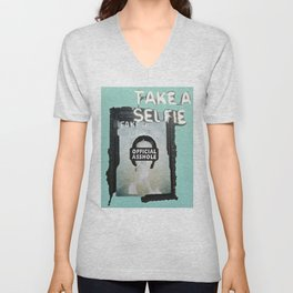HEWGE TAKE A SELFIE FAKE A LIFE OA WITH BORDER Unisex V-Neck