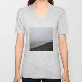 Boughty Ferry River Tay 2 Unisex V-Neck