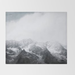 Morning in the Mountains - Nature Photography Throw Blanket