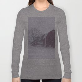 Red Barn in a Snowstorm Long Sleeve T-shirt
