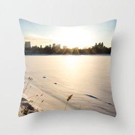 New York : The Snow, the Sun & The Skyline Throw Pillow