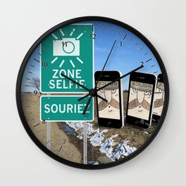 Zone Selfie - Souriez Wall Clock