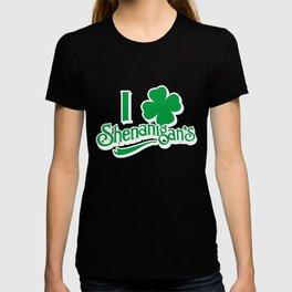 St Patricks Day Love Shenanigan's Shamrock Irish Gift T-shirt