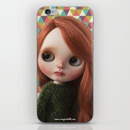 Deera bythe custom doll by Erregiro iPhone Skin
