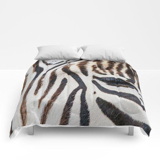 EYE OF THE ZEBRA Comforters