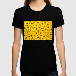 Daffodils en-masse T-shirt