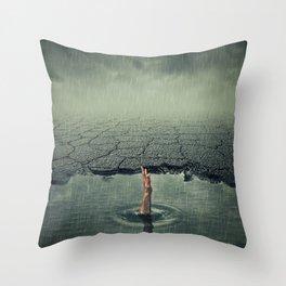 pothole help hend Throw Pillow