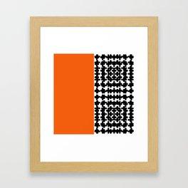 suprotan Framed Art Print