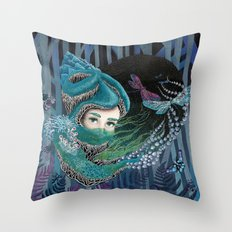 Forest eyes Throw Pillow