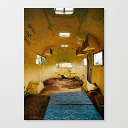 Abandoned airstream Canvas Print