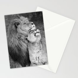 black and white lion and lioness cuddling Stationery Cards