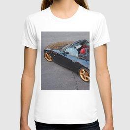 erica roadster T-shirt