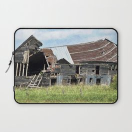 Country Barn Laptop Sleeve