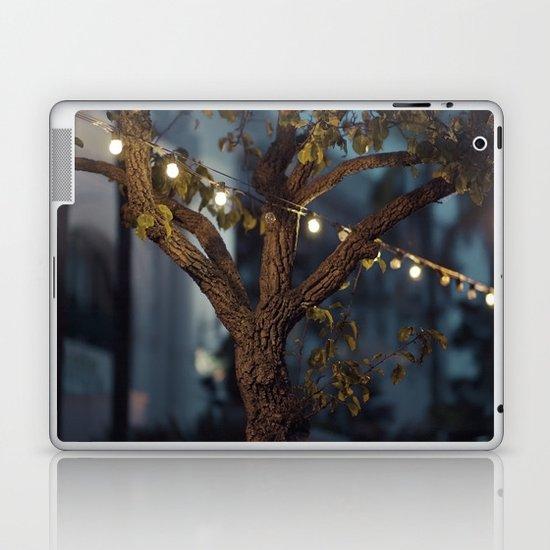 Isn't it a lovely night? Laptop & iPad Skin