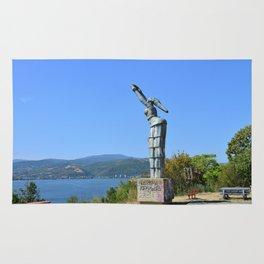 Orsova Danubia statue Rug