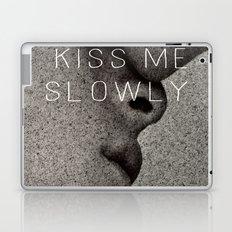 KISS ME SLOWLY Laptop & iPad Skin