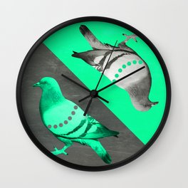 Pigeon's reflexion Wall Clock