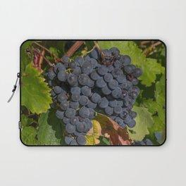 Vineyard Grape Clusters Laptop Sleeve