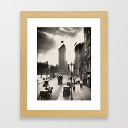 Vintage Photograph of The NYC Flat Iron Building 2 Framed Art Print