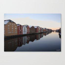 Norwegian reflections Canvas Print