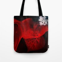 sex and the city Tote Bags featuring Sex by unaciertamirada