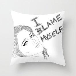 I blame myself Throw Pillow