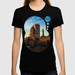 The ruins of Waxenberg castle | architectural photography T-shirt