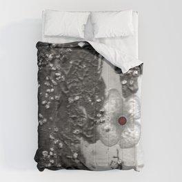 Poppy in the dark S50 Comforters