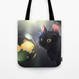 Close encounter Tote Bag