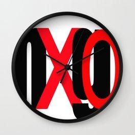 hUgXO Wall Clock