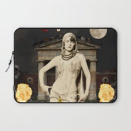 High Priestess - Blood Bread and Roses Tarot Laptop Sleeve