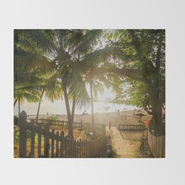 Sunset Behind Palm Trees Throw Blanket