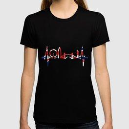 London Heartbeat Skyline England Flag Union Jack Fan London T-shirt
