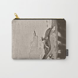 Tailing Carry-All Pouch
