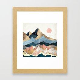 Golden Peaks Gerahmter Kunstdruck