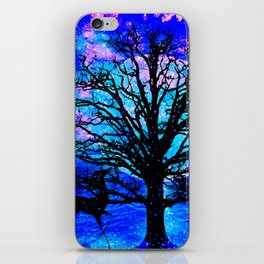 TREE ENCOUNTER iPhone Skin