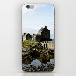 Eilean Donan - Vertical iPhone Skin