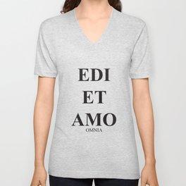 Latim words, Edi et Amo - Love and hate - Omnia Unisex V-Neck