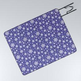 Purple Holiday Snowflake Pattern Picnic Blanket