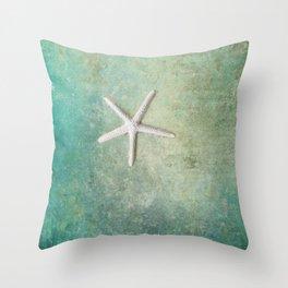 single starfish Throw Pillow