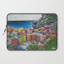 Cosy Cove from Cinque Terre, Italia Laptop Sleeve