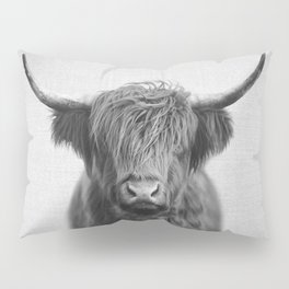 Highland Cow - Black & White Pillow Sham
